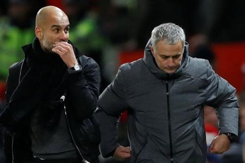 Mourinho đã thất bại trong việc đánh bại Guardiola. Ảnh: Reuters.