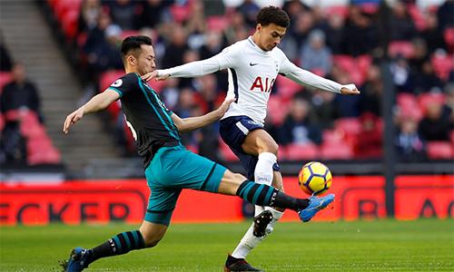 Southampton đang trôi dần về phía cuối Ngoại hạng Anh với trận thua thứ tư trong mạch bảy trận gần nhất bất khả chiến thắng. Ảnh: Reuters.