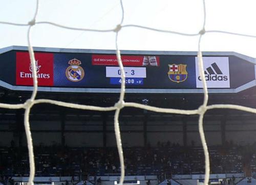 Tỷ số thua Barca 0-3 có thể khiến Real phải cải tổ. Ảnh: Marca