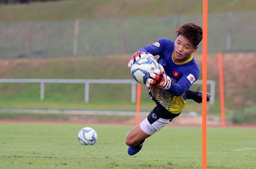 Chấn thương đang khiến Minh Long không tìm được chỗ đứng ở U23 Việt Nam.