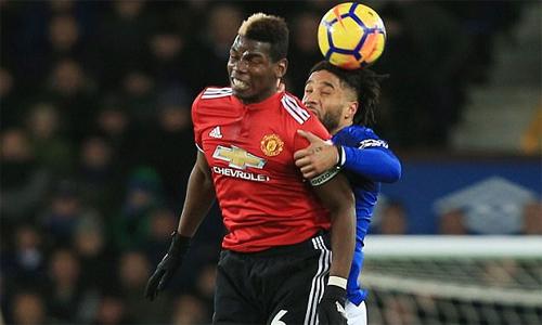 Pogba cho rằng trận thắng Everton sẽ giúp Man Utd lấy lại mạch thắng. Ảnh: REX.
