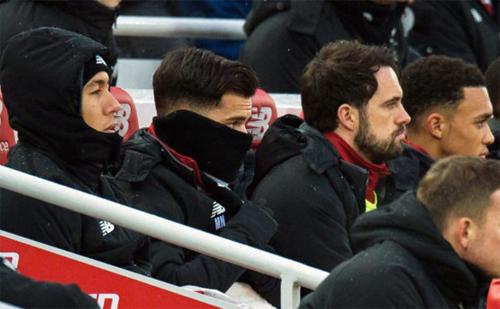 Coutinho (thứ hai từ trái sang) vốn muốn tới Barca từ mùa hè 2017. Ảnh: DS