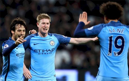 Man City đang sở hữu những chân chuyền hay nhất Ngoại hạng Anh. Ảnh: Reuters