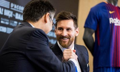 Messi có thể tự do ra đi nếu Barca không tham dự La Liga nữa. Ảnh:Marca.