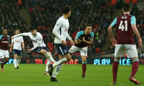 Tottenham bị West Ham chia điểm trên sân Olympic. Ảnh: BPI.