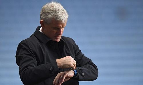 Mark Hughes bị sa thải vì thành tích yếu kém từ đầu mùa. Ảnh: PA.