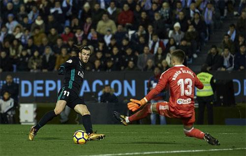 Bale tỏa sáng bằng những pha dứt điểm tinh tế.