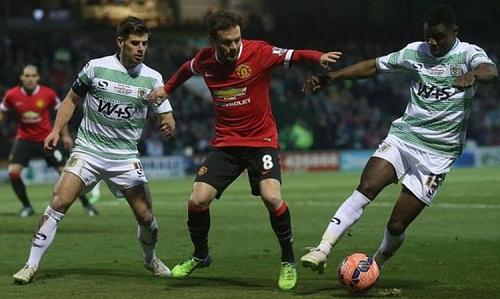 Lần thứ hai trong ba năm gần nhất, Man Utd chạm tránYeovil ở Cup FA. Ảnh: Reuters.