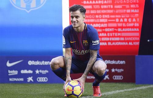 Coutinho ra mắt tại Barca hôm 8/1. Ảnh: Reuters