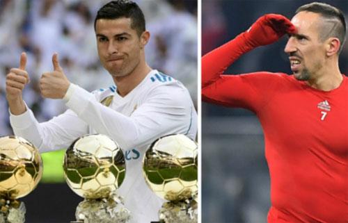 Ribery từng có một mùa giải giành mọi danh hiệu nhưng phải nhường Quả Bóng Vàng cho Ronaldo, người không có danh hiệu nào.