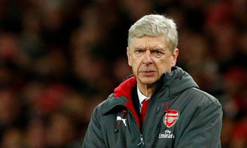 Wenger đáp trả Conte, tạo không khí căng thẳng trước trận gặp Chelsea. Ảnh: AFP.