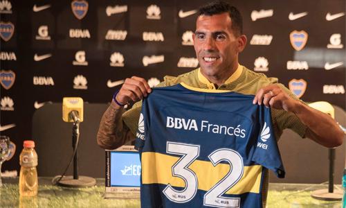 Tevez ra mắt Boca Juniors. Đây sẽ là lần thứ ba anh khoác áo CLB thành Buenos Aires này.Ảnh: Twitter.