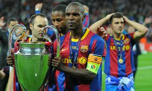 Abidal từng giống 'xác chết' trong mắt Messi và cầu thủ Barca