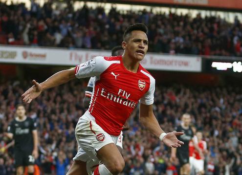 Sanchez đang trong vòng tranh giành giữa ba ông lớn Ngoại hạng Anh. Ảnh:Reuters.