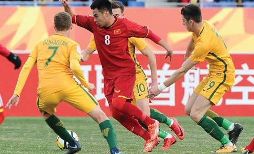 Việt Nam tuân thủ chặt chẽ đấu pháp chiến thuật suốt 90 phút. Ảnh: AFC.