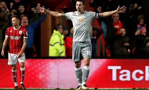 Ibrahimovic được Mourinho trao thêm cơ hội. Ảnh: Reuters.