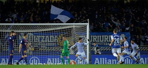 Sociedad có khởi đầu đầy thuận lợi khi tiếp đội bóng đang bất bại.