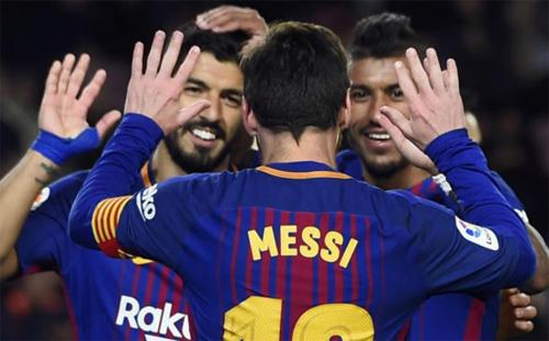 Barca chưa biết thua trên ba đấu trường chính. Ảnh: Reuters