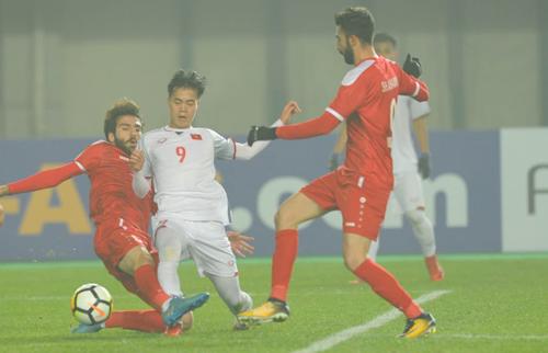 Việt Nam đứng thứ hai bảng D với bốn điểm sau ba trận. Ảnh: AFC