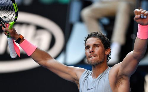 Nadal phải bung hết khả năng mới đánh bại được Mayer.