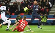 Neymar ghi bốn bàn, PSG thắng 8-0 ở Ligue I