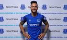 Arsenal bán Theo Walcott cho Everton