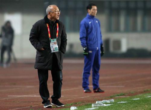 HLV Park Hang-seo giúp bóng đá Việt Nam tạo kỳ tích. Ảnh: Anh Khoa