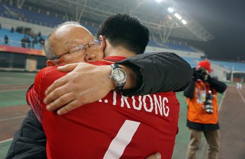 HLV Park Hang-seo cùng U23 Việt Nam viết chuyện cổ tích ở vòng chung kết U23 châu Á. Ảnh: Anh Khoa