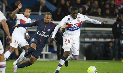 Không có Neymar, Mbappe bị đau sớm ra nghỉ, hàng công PSG như vô hình trên sân Groupama.