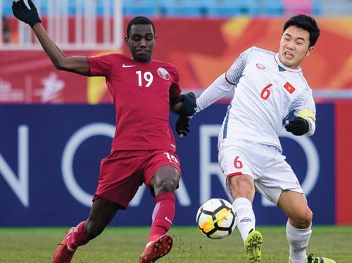 Việt Nam đánh bại Qatar, lần đầu tiên lọt vào chung kết một giải châu Á.