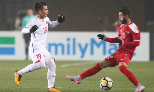 Việt Nam 1-1 Qatar (hiệp hai): Quang Hải gỡ hòa