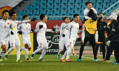 Báo chí Hàn Quốc: 'Đây là bóng đá Việt Nam sao?'