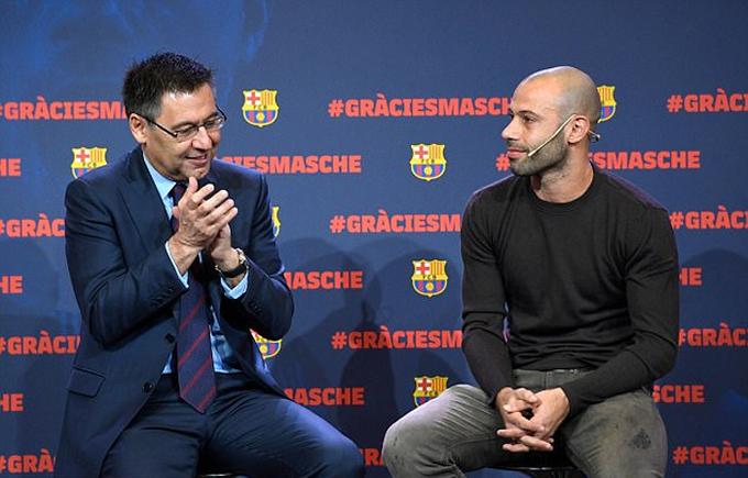 Mascherano khóc trong ngày chia tay Barca