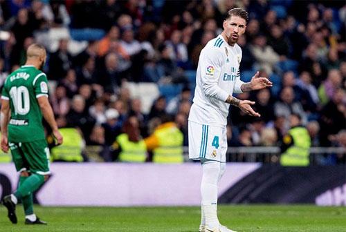 Sự có mặt của những trụ cột như Ramos, Benzema, Nacho, Modric không thể giúp Real vào bán kết.