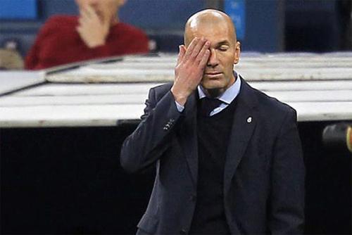Đội bóng của Zidane gần như không còn hy vọng trên hai trong ba đấu trường của mùa giải. Ảnh: Marca