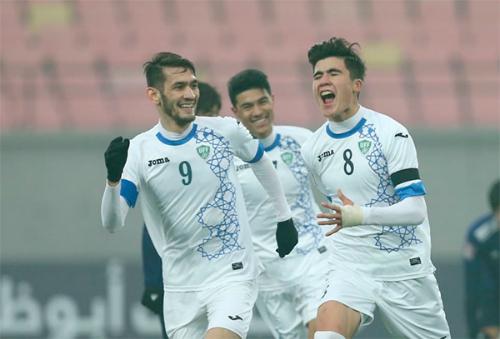 Uzbekistan có thể hình vượt trội và lối chơi hiện đại. Ảnh:AFP.