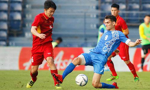 Trong lần chạm trán gần nhất, Uzbekistan đánh bại Việt Nam với tỷ số 2-1 ở giải M-150. Ảnh:Anh Khoa.