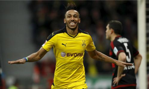 Aubameyang là tay săn bàn hàng đầu Bundesliga trong vài mùa giải gần đây. Ảnh:Reuters.