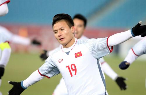 Quang Hải là một trong những cầu thủ gây ấn tượng nhất giải đấu tại Trung Quốc. Ảnh:Anh Khoa.