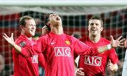 Man Utd kỷ niệm 10 năm Ronaldo lập tuyệt phẩm đá phạt ở Ngoại hạng Anh