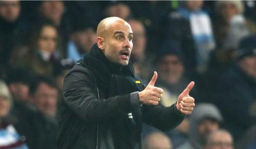 Pep Guardiola không muốn các cầu thủ đánh mất sự tập trung vì những yếu tố ngoài sân cỏ. Ảnh:AFP.