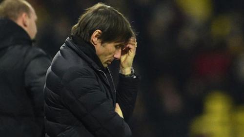 Chiếc ghế của Conte đang lung lay dữ dội. Ảnh: Reuters.