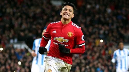Alexis Sanchez lập kỷ lục bán áo đấu tại Man Utd