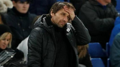 Conte đang là HLV có nguy cơ bị sa thải cao nhất Ngoại hạng Anh, theo các nhà cái. Ảnh: Reuters.