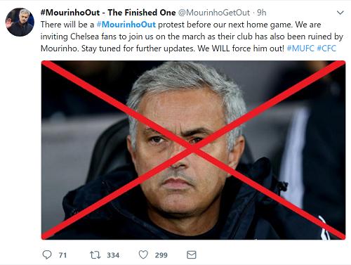 Chiến dịch đòi sa thải Mourinho lan rộng sau khi Man Utd thua Newcastle. Ảnh chụp màn hình.