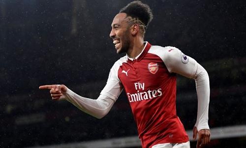 Wenger muốn đổi luật khiến Arsenal không thể dùng Aubameyang