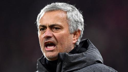 Mourinho phàn nàn về cách trọng tài sử dụng VAR