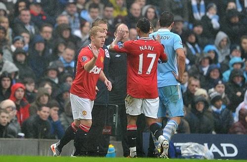 Scholes tiết lộ về việc trở lại thi đấu cho Man Utd sau khi treo giày