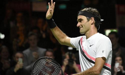 Federer chạm tay vào danh hiệu thứ 97 trong sự nghiệp hai ngày sau khi trở lại ngôi số một thế giới. Ảnh: AFP.