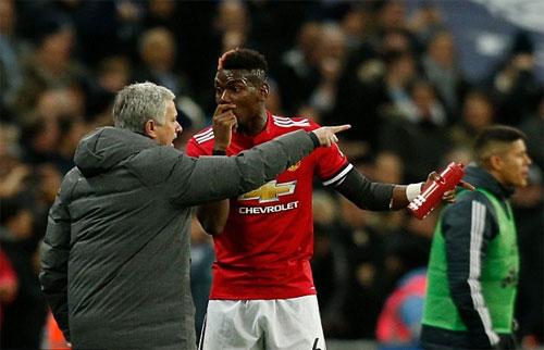 HLV Mourinho sẵn sàng cho Pogba ra ngoài khi nhận thấy có vấn đề về phong độ. Ảnh: Reuters